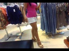 geiler Latina arsch beim shopping