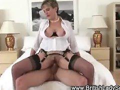 Watch Lady Sonia get a cumshot