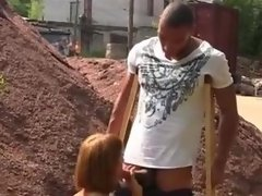 Casual sex with a bimbo slut in a construction site