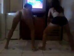 Novinha dancando 32