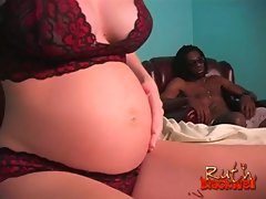 Pregnant blonde hottie enjoying massive black boner