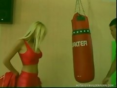 Young blonde babe, sophie moon gets pleased in gym.
