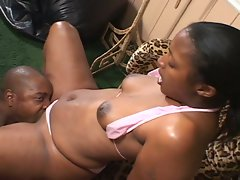 Horny ebony cunt likes it thick & black