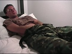 Soldier wakes up horny and jacks off