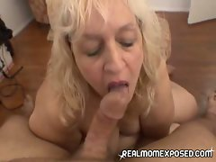 Plump mature mom loves to give her man a blowjob