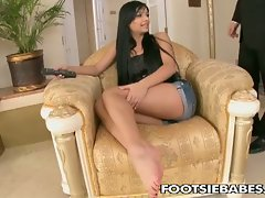 Licking Angel Pink's feet