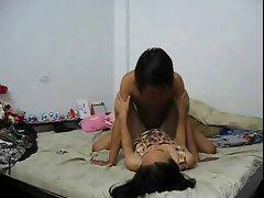 amateur thailand girlfriend fuck in room