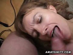 Amateur Milf gets her ass and pussy toyed with facial cumshot