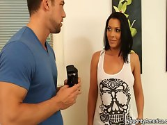 Buxom Rachel Starr makes sex video clip with friends husband