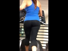 AMAZING body and fabulous naughty ass at gym!