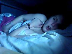 females masturbates in bed