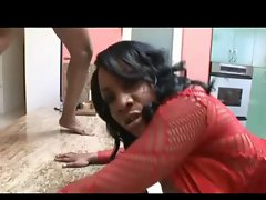 Chesty Black Mommy Crazy threesome action