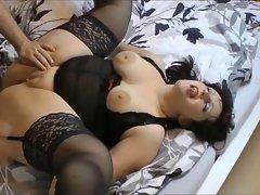 Culona Alemana masturbando se Teil.2