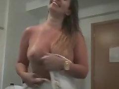 mum big butt