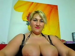 Attractive mature camwhore with mega tits 2