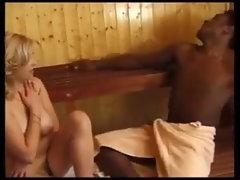 Comendo Uma Loira Gostosa Na Sauna