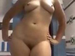 Sluty nympho showcase her nude bod