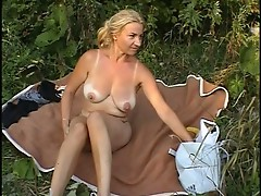 Young blonde picnic plug