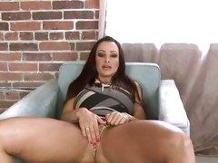 Beautiful Lisa Ann rubs her throbbing wet clit