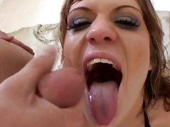 Raunchy Tyla Wynn gets a mouth full of hot nut juice