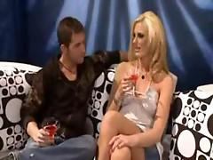 Pornstar mom Darryl Hanah fucking hard