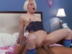 Ash Hollywood screwed by a horny guy on soft bed