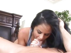 Sizzling bitch Mikayla gags on a massive fuck shaft