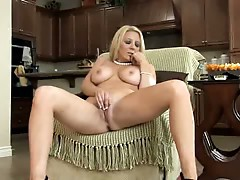 Sensual milf shows shaved yummy pussy
