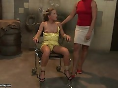 Bianca Arden and Kathia Nobili tied and fingering