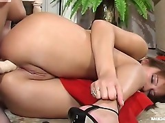 Amelia and Jozy sexy anal lesbian video