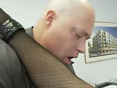Office babe rachel roxx fucks the boss