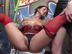 Notorious cum brunette babe opens up and take massive golden piss