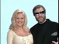 Stacy Valentine has a shave pussy and Mark Davis wears it out