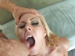Gorgeous Velicity Von gets a mouth full off hot cum