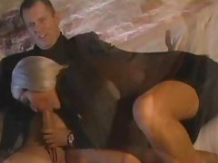 Gorgeous Bridgette B wraps her lips round a huge cock