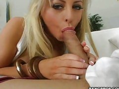 Sexy white bitch Savannah Gold wrapping her mouth on a big fat dick