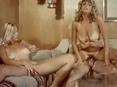 Seka seduces lovely blonde inside vintage explicit
