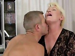 Sex hardcore granny mature video