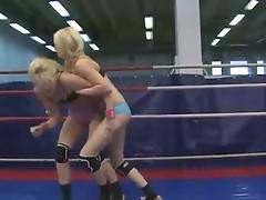 Free blonde bikini girl porn videos