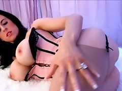 Louise jenson takes her oustanding breasts out and sucks zonker