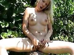 Zuzana outdoor masturbation 1