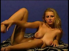 Blonde undresses and gets fingerfucked 1