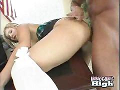 Daryn - Too much titty