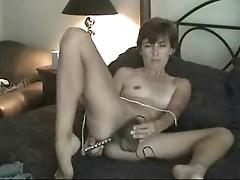 Amateur mature hairy milf mom solo masturbating with dildo toys