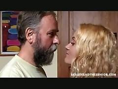 Senior bangs a pregnant girl
