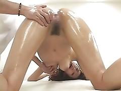 Herbal OiL Massage MIO