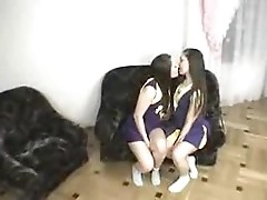 twins make out part 1