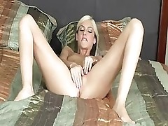 Christine Well Knows How To Use A Dildo