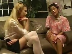 Mom Loves Young Girls
