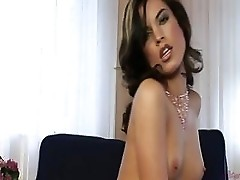 Nelli Hunter And Her Delightful Pussy
